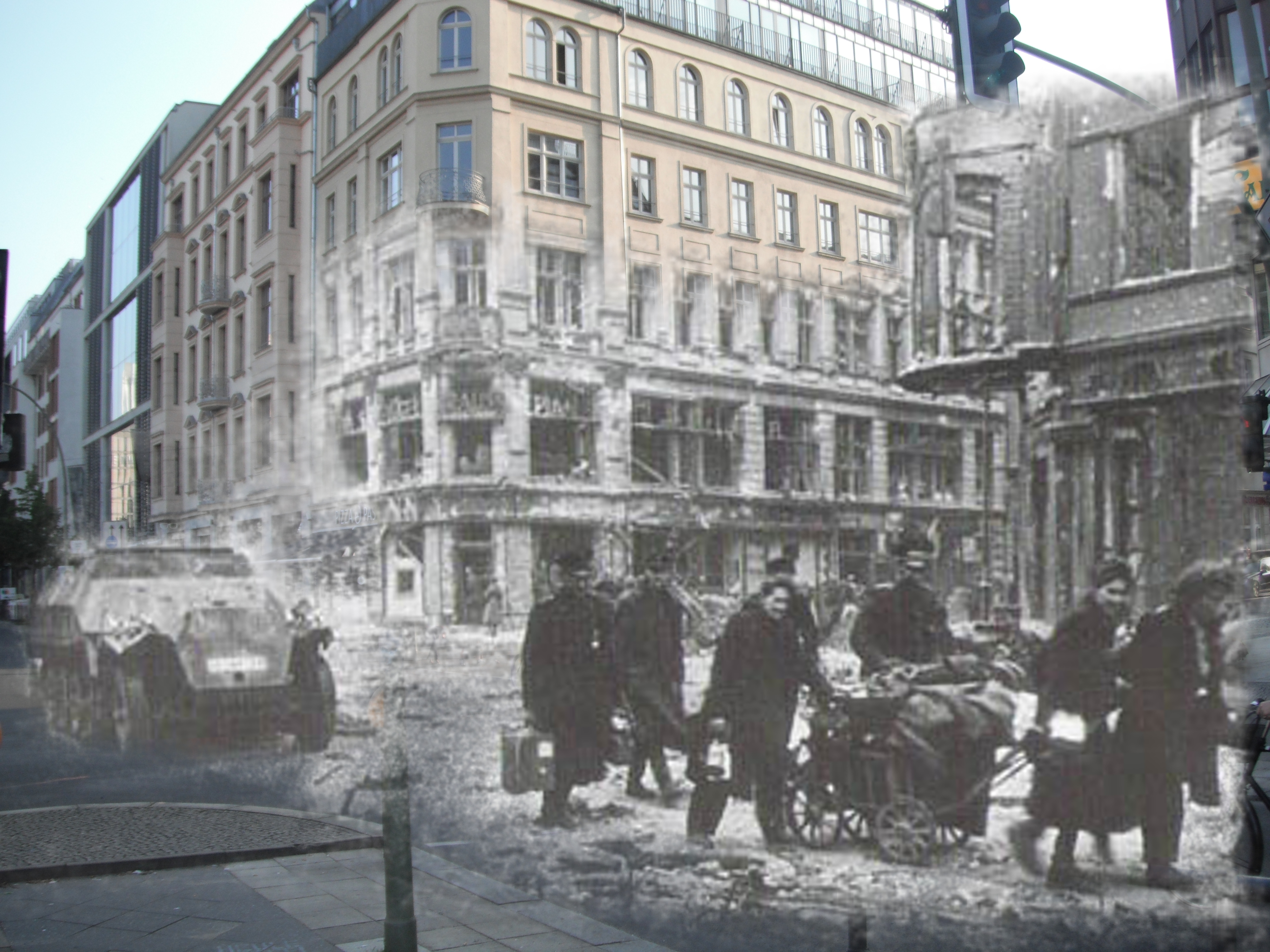Berlin then and now: Amazing pictures compare Germany s capital Pictures berlin after wwii