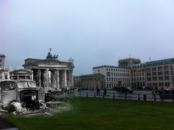 Berlin Now and Then Battle of Berlin Brandenburg Gate World War 2 Truck Pariser Platz
